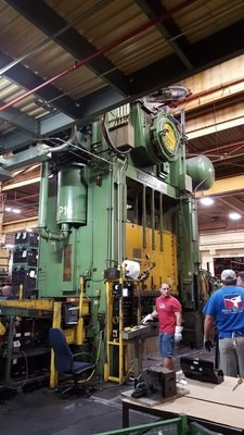 800 Ton Capacity Verson Straight Side Presses (3 Available) For Sale