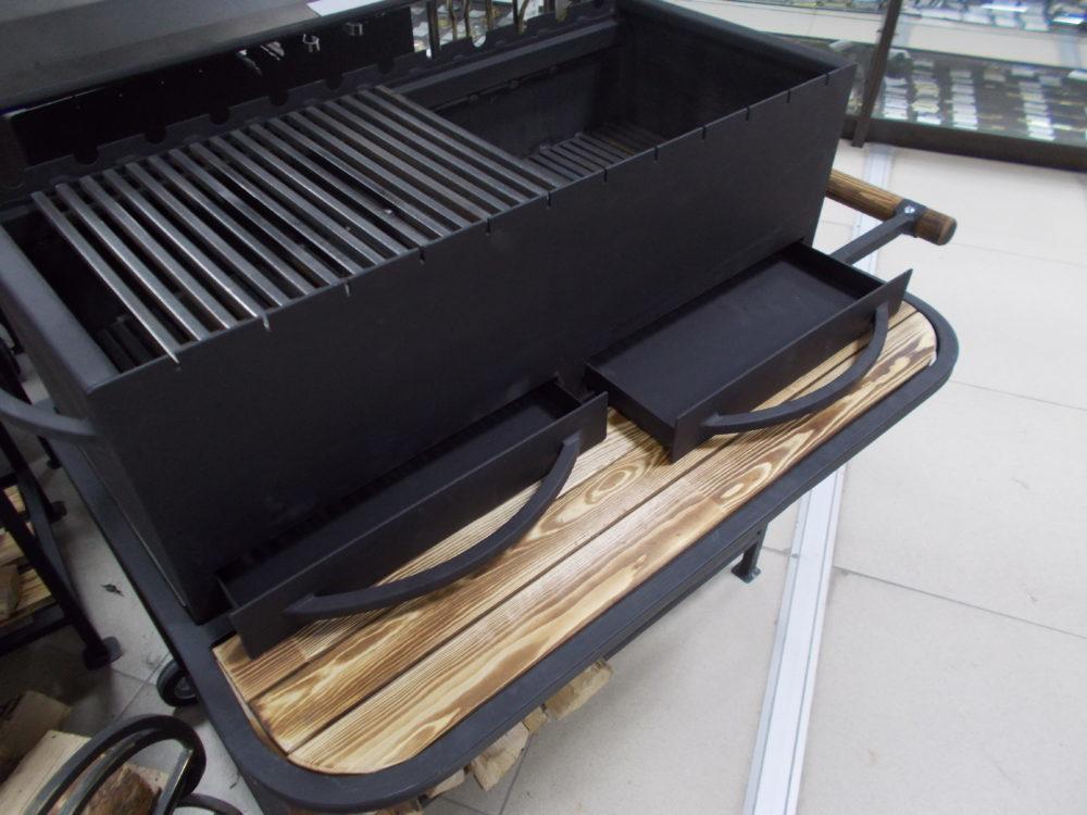 Мангал МL800 + (подставка с колесиками, полка)