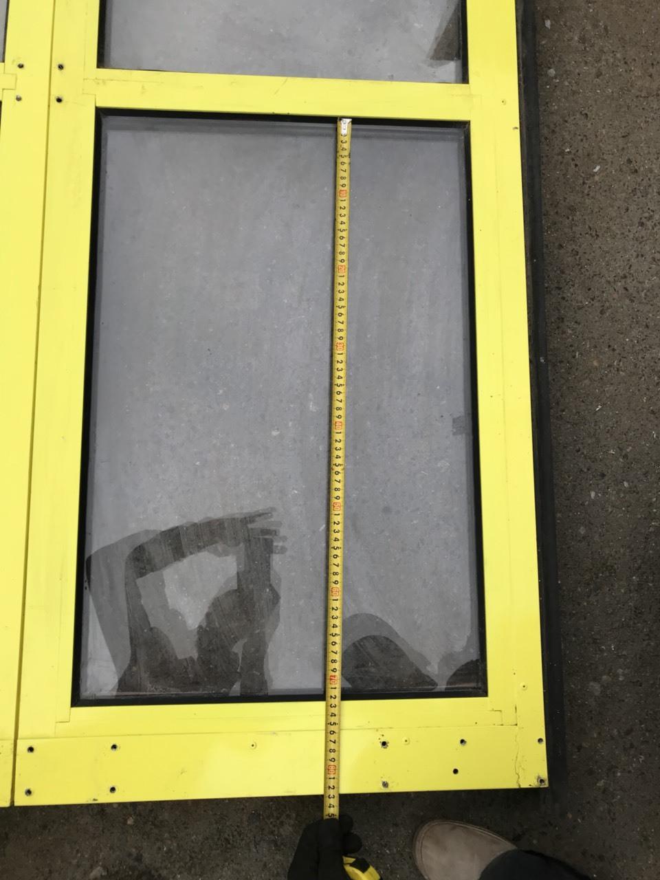 Ворота промышленные секционные из панорамных панелей (ISD02)