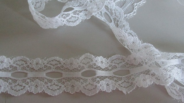 White Eyelet Bilateral Lace