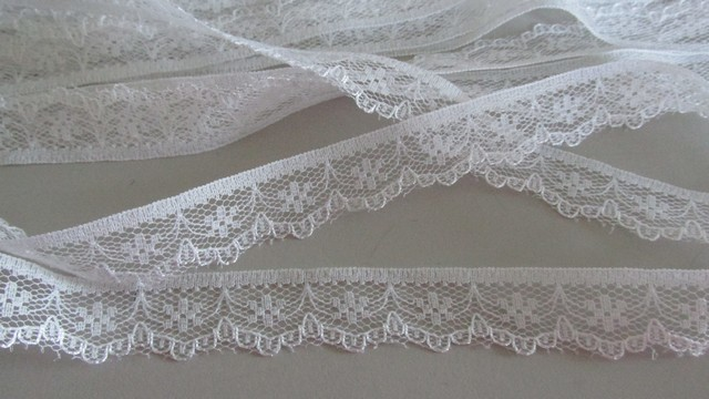 White Floral Scallop Lace