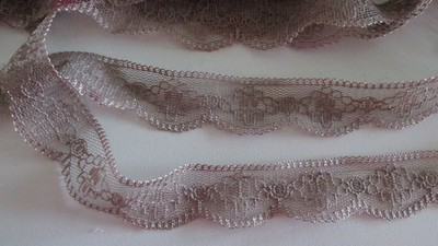 Mocha Scallop Lace