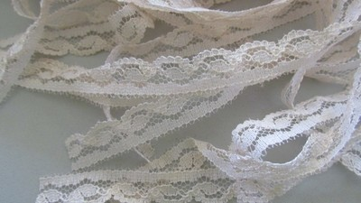 Peach Scallop Lace