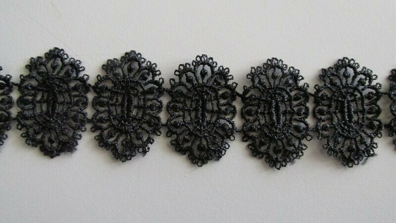 Cameo Lace - Black