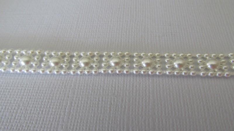 Flat Back Ivory Pearl Trim - 10mm