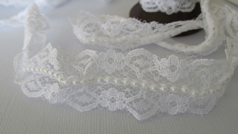 White Lace with White Pearls - 25mm