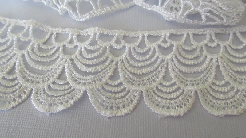 White Double Arch Lace