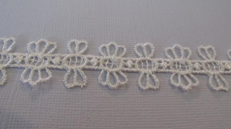 Corolla Lace - Off White
