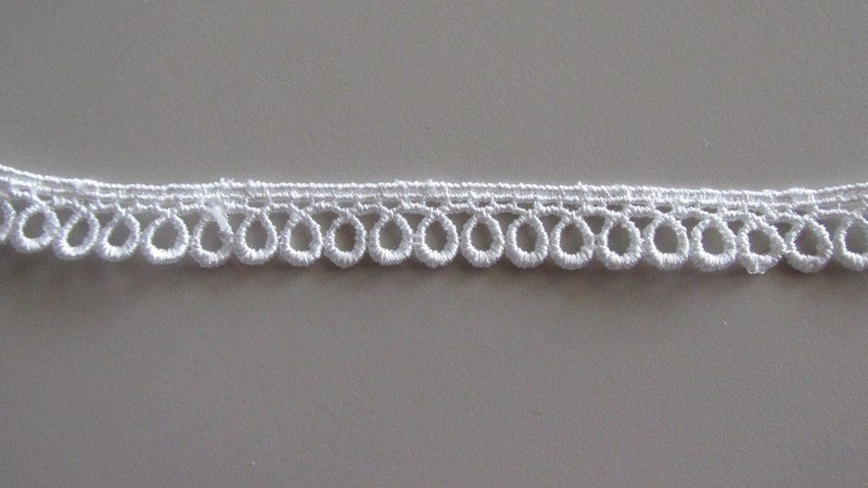 Loop Edge Lace
