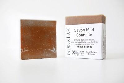 Savon MIEL CANNELLE