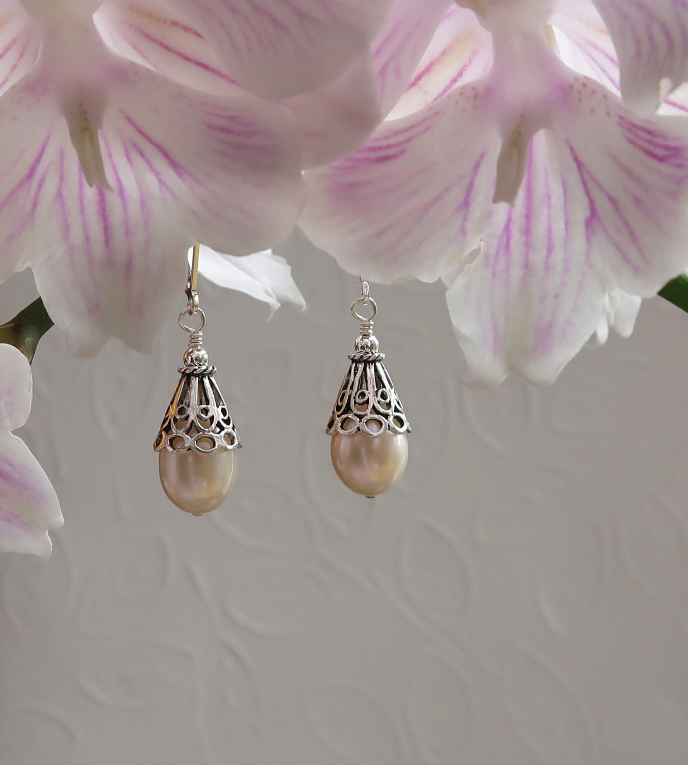 Tear Drop Cultured Pearls