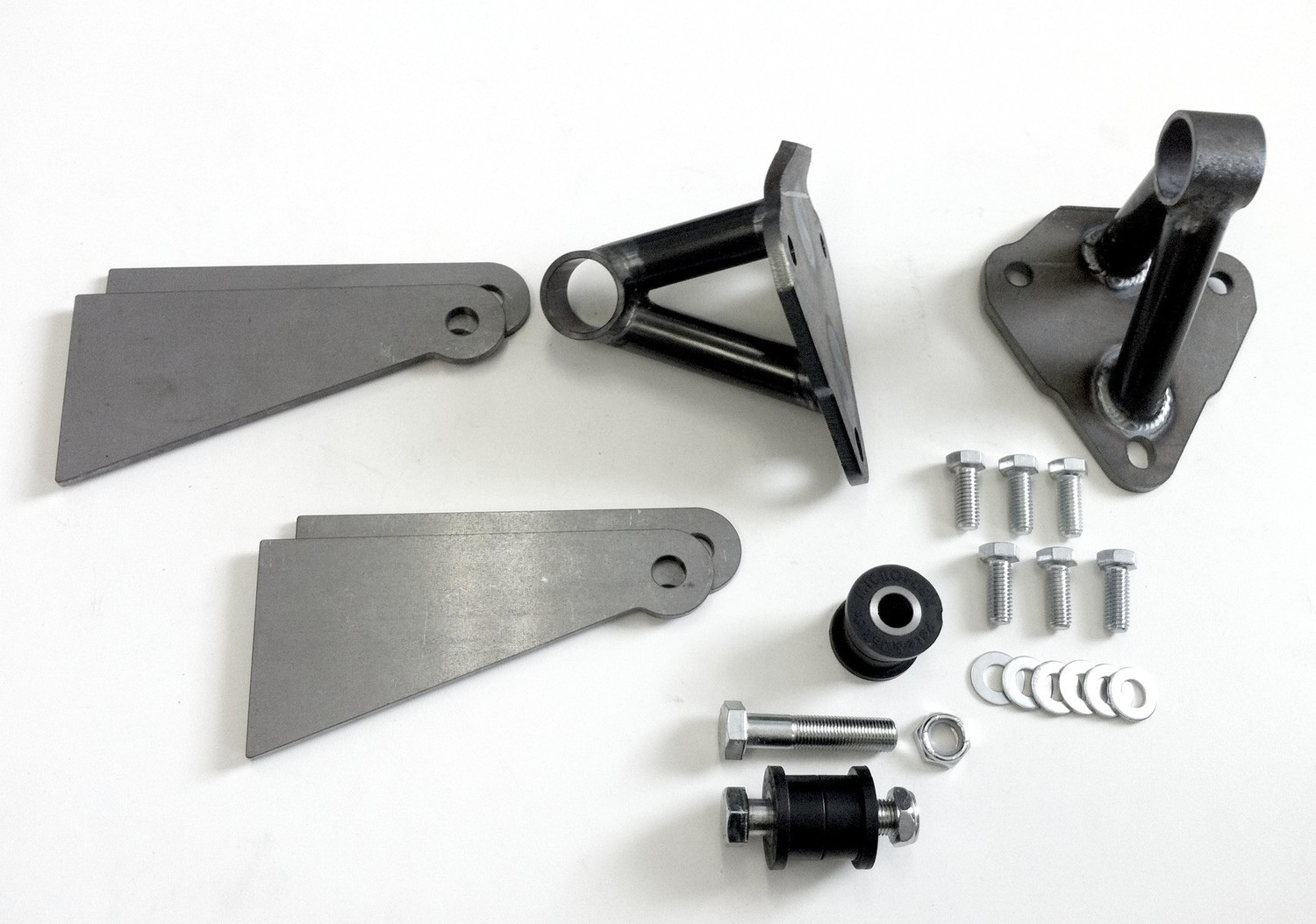 ENGINE MOUNT KIT - Discontinued