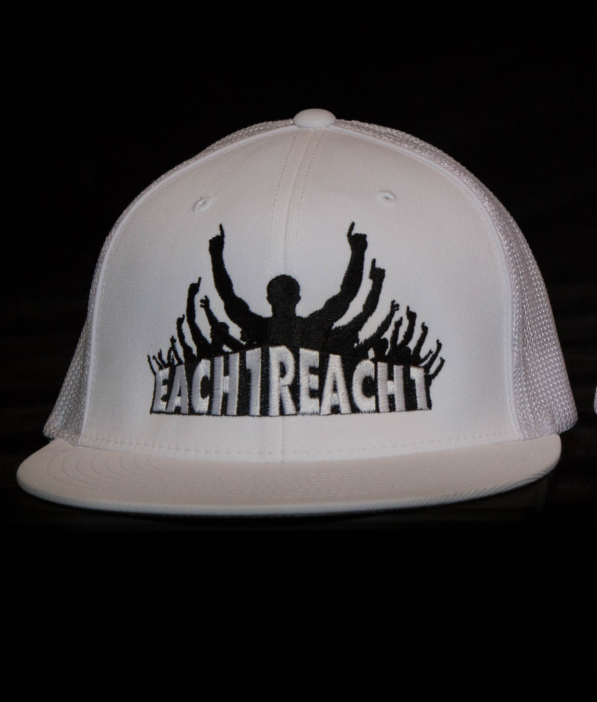 REACH ONE HAT - WHITE 00021
