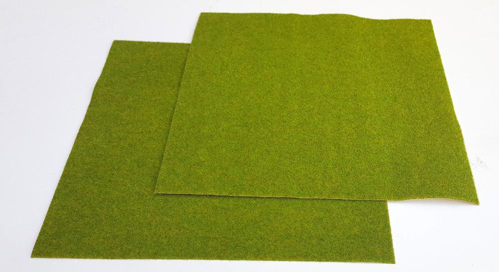 Green Spring Plain Tile - Static Grass Mat 30cmx30cm (2 pieces)
