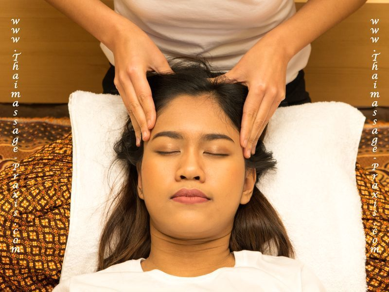 thailändische Kopfmassage