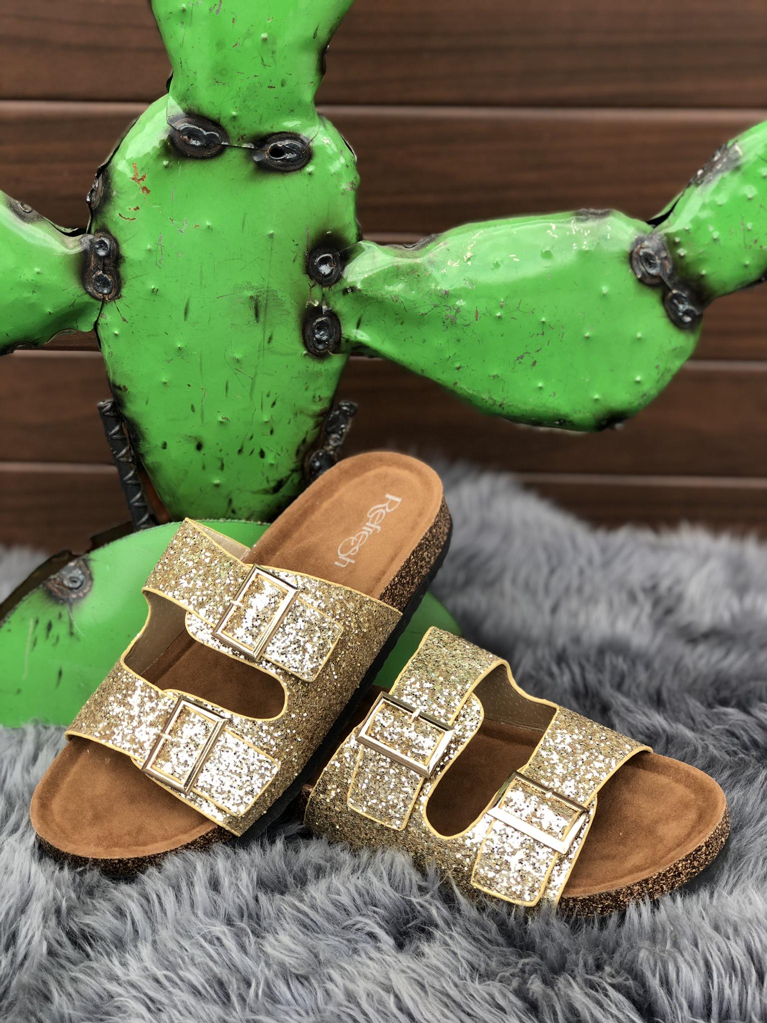 The Golden Globe Sandal 82208