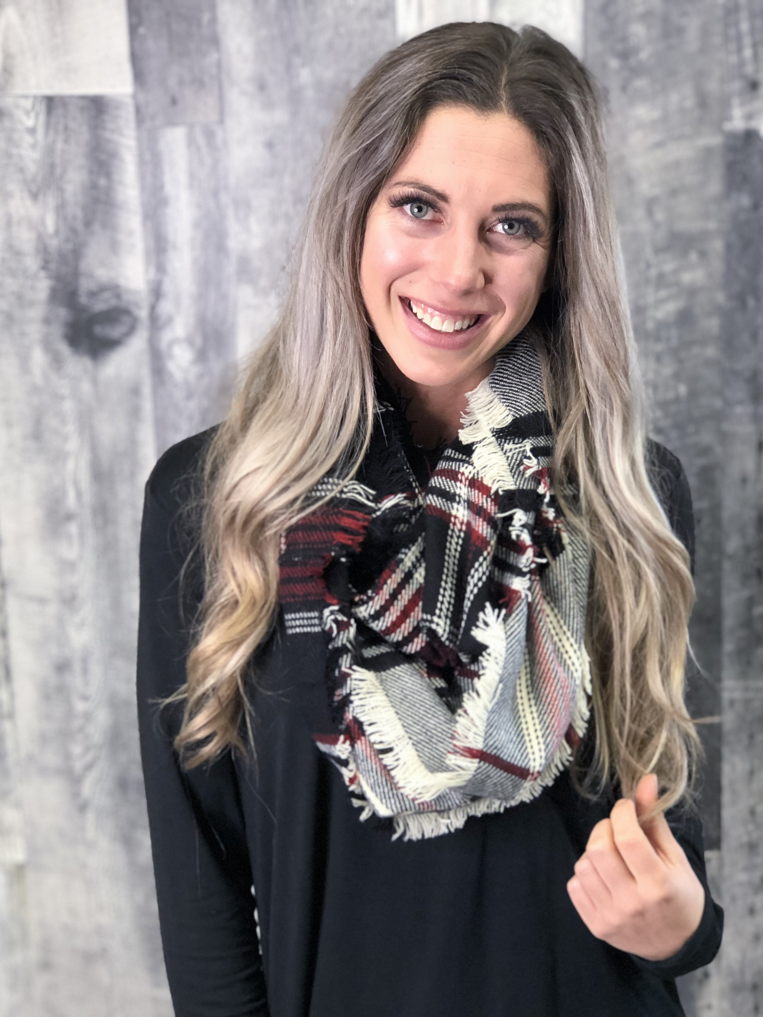 Infinity Scarf - Black/Red 838881