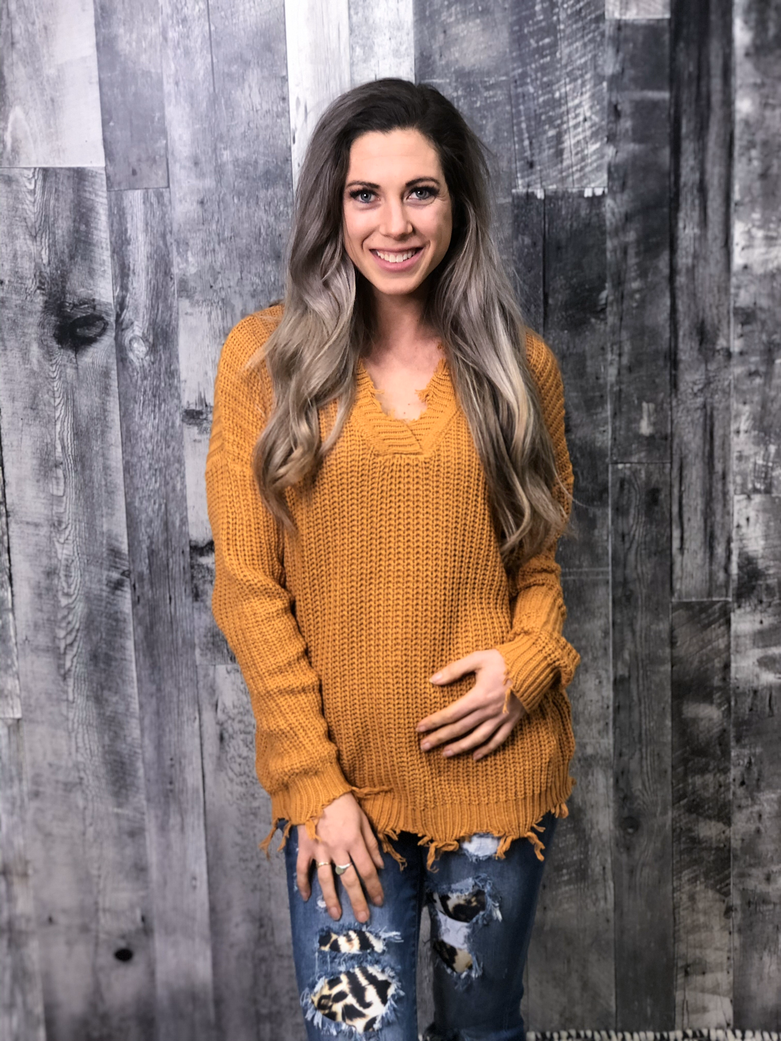 Mustard V-neck Knit Sweater with Frey Detail 84411