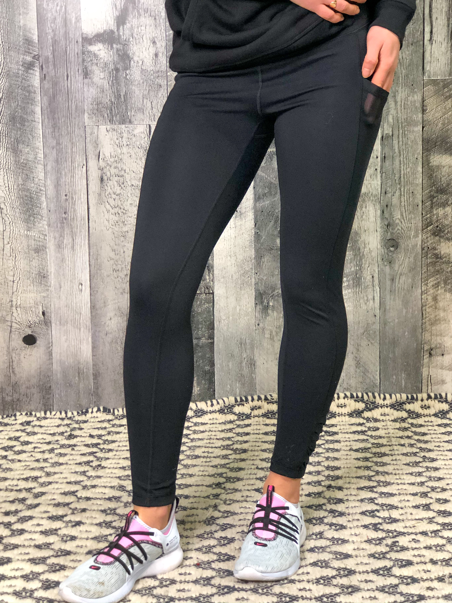 Athletic Legging With Mesh Pocket And Ruffle Ankle Detail  84721