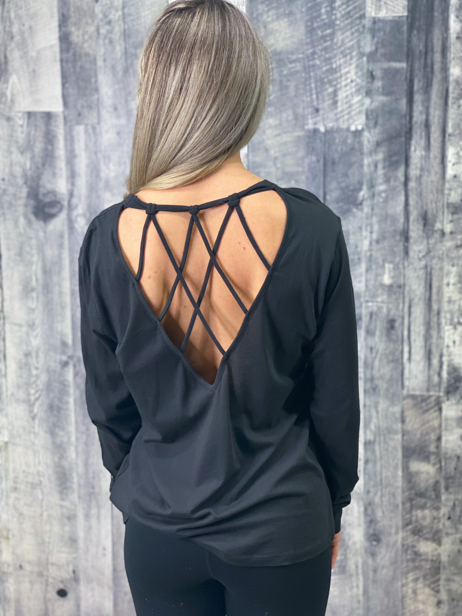 Athleisure Strappy Back Long Sleeve 85024