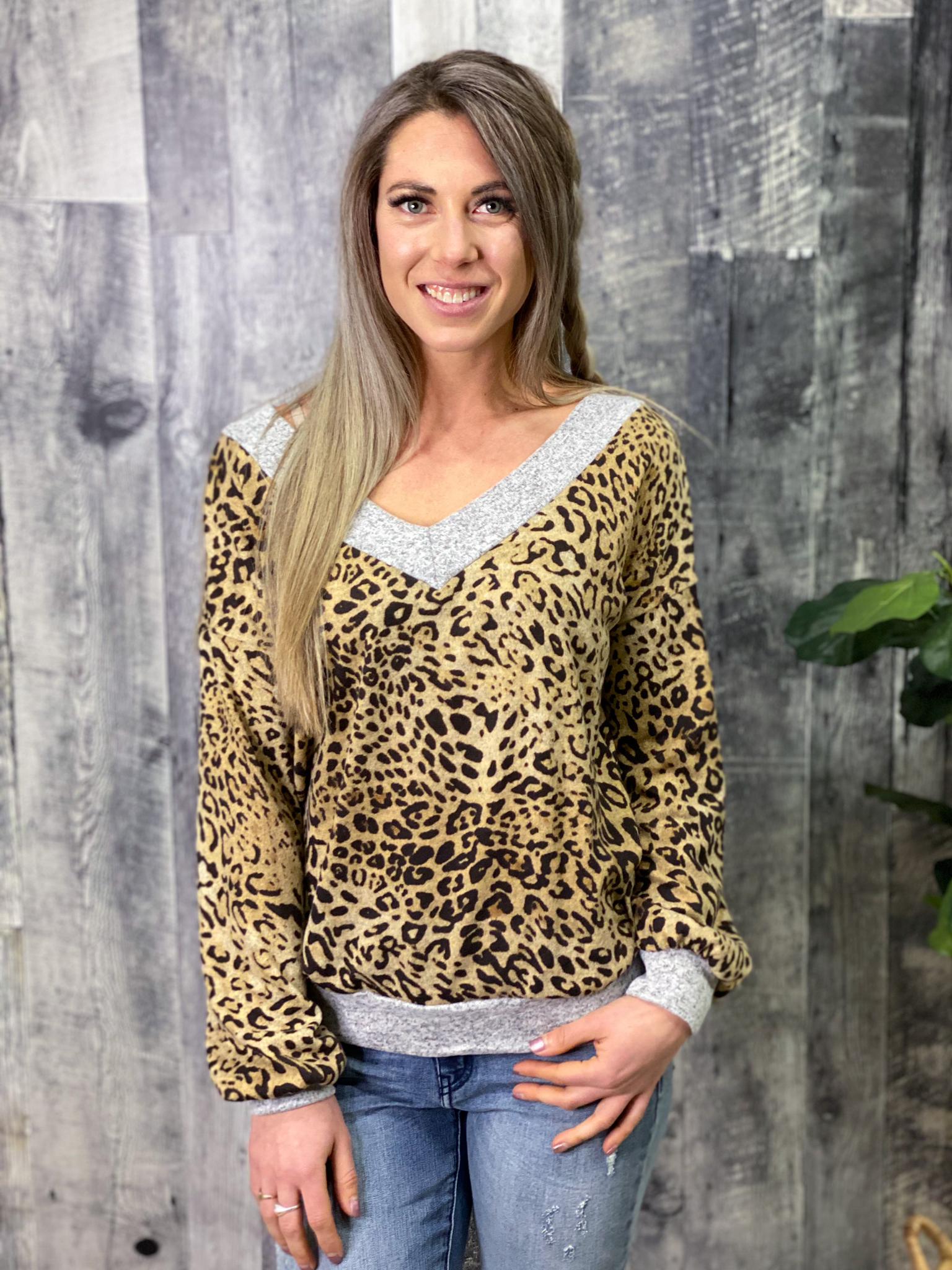 Lightweight Sweater Cheetah/Grey Top S6UM