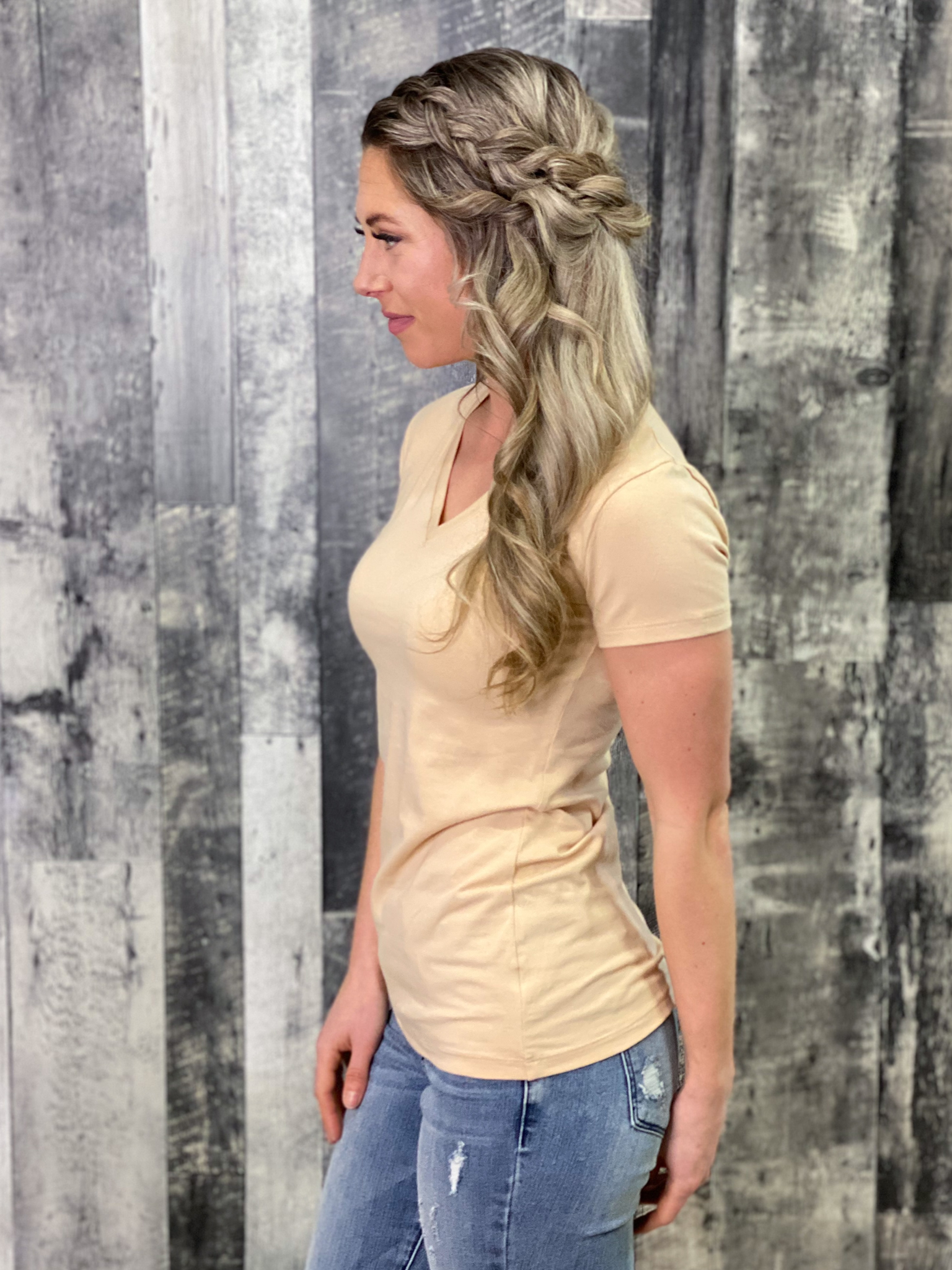Cream vneck Fitted Tee