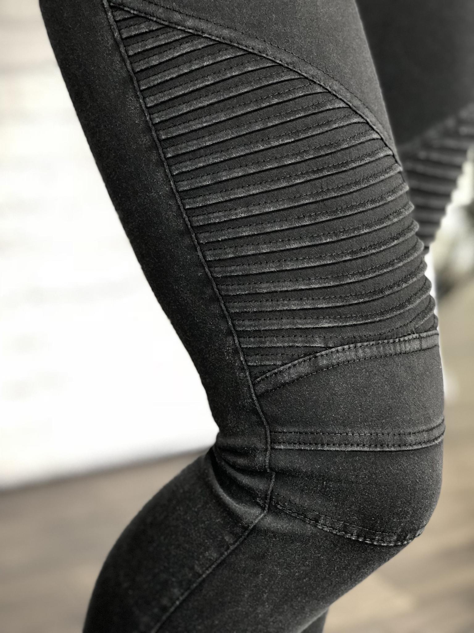 Motto Leggings - Distressed Black 9987298