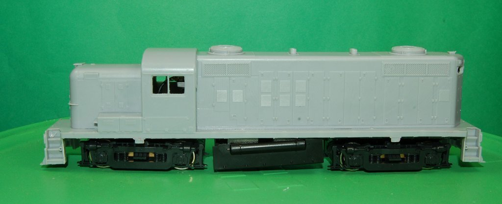 RS3M Non Dynamic Rock Island, Frisco, Phase 3 Engine Shells, HO Scale Trains