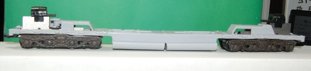 DD35 Chassis Frame modified to fit PLW DD35 A and B Unit Shells, HO Scale Trains