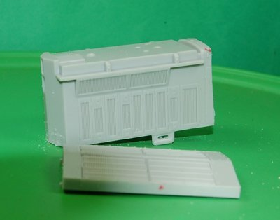 HO Scale Train Parts - AC4400, dash 9 rear intake section and radiator section. Used for kit bashing.