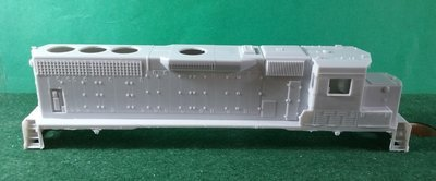 HO Scale Trains, CSX GP40-3 Locomotive Shell, no fans
