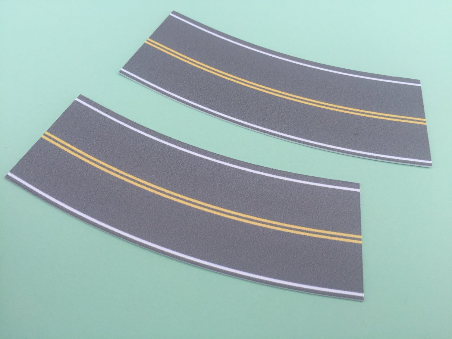 Easy Streets N - Medium Asphalt-Broad Curve No Passing