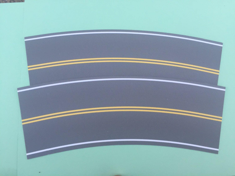 Easy Streets HO - Medium Asphalt-Broad Curve No Passing