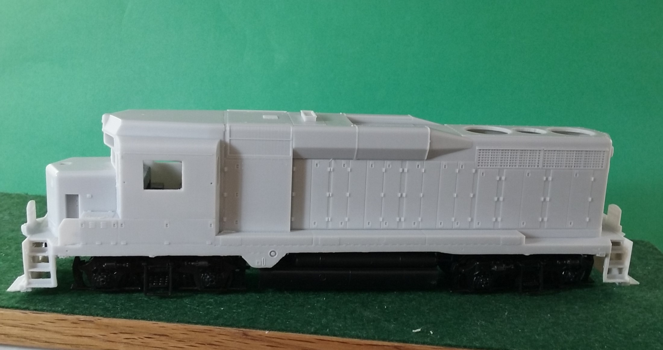 HO Scale CNW EMD GP30 Non Dynamic Locomotive Shell, by Pacific Northwest Resin HO231