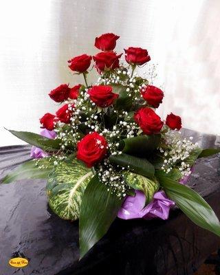 Mazzo Funebre Rose e White