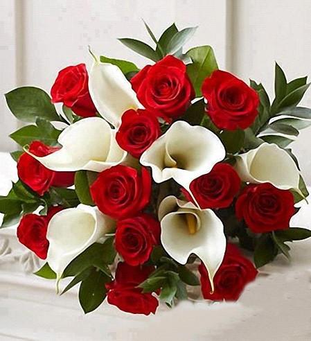 rose e calle- arum and rose bridal