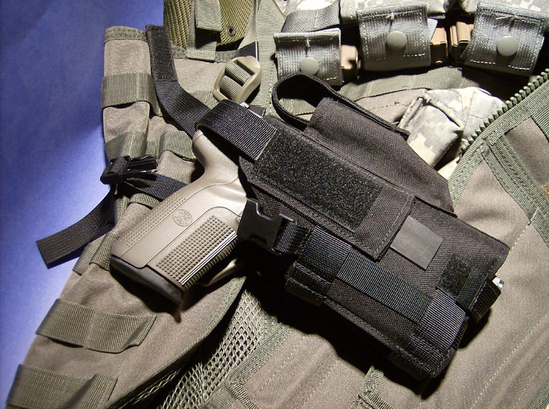 EA MOLLE Five Seven Tactical Light Holster