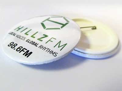 Hillz 98.6 FM Pin Badge