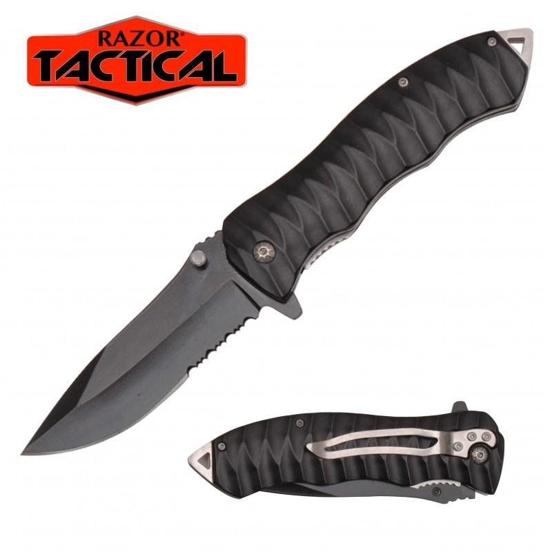 BLACK KNIFE W/ METAL HANDLE
