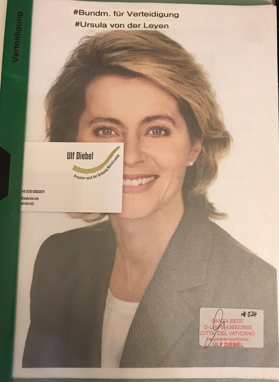 Bundesministerin für Verteidigung Ursula von der Leyen