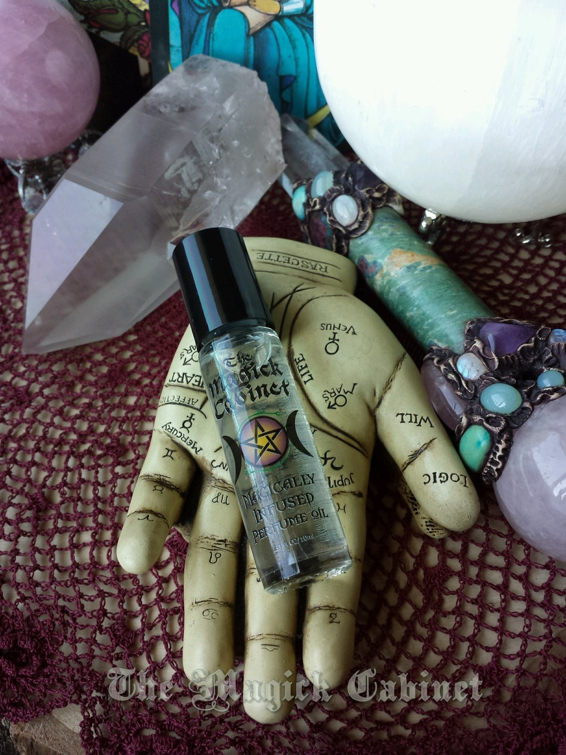 Psychic Perfume to Enlighten your Intuitive Nature, Floral and Sensual  Perfume to enhance your Psychic Powers, Magical Perfume for Magical People