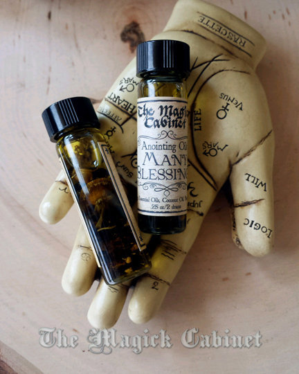 Prosperity Oil - Many Blessings Oil for Money Drawing, Happiness and  Wealth, Witches Apothecary for Rituals and Spells
