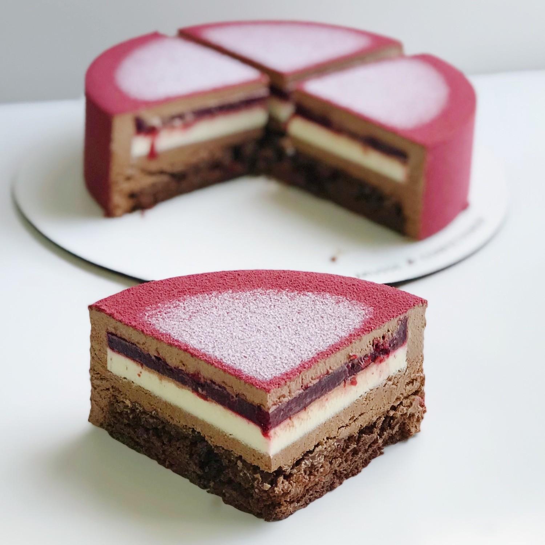 Торт Шоколад-вишня-ваніль