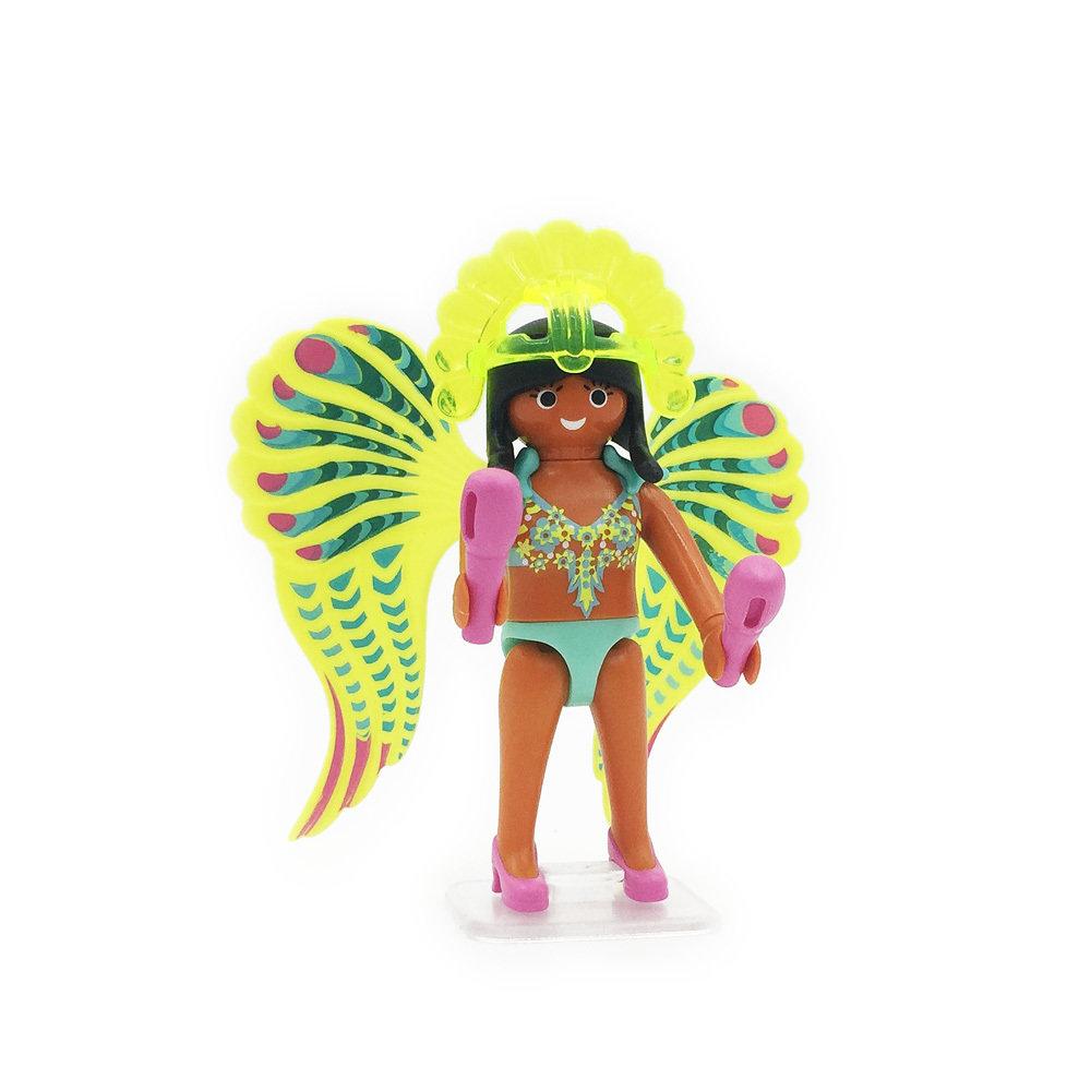 5599 Samba Dancing Girl
