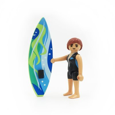 5244 Lady Surfer With Surboard