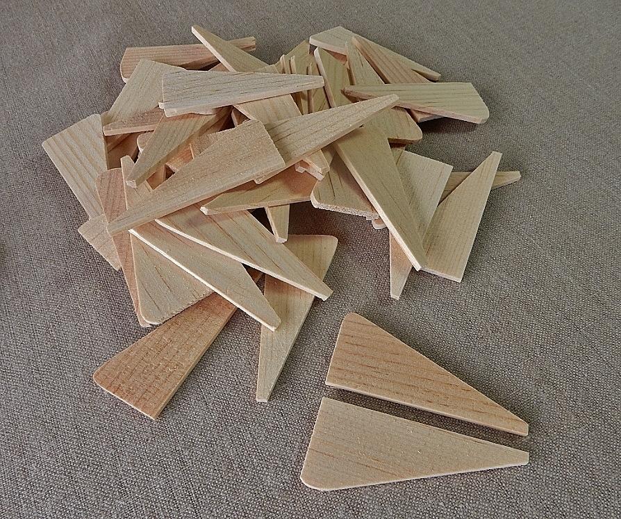 SWK50:  fifty small wooden keys
