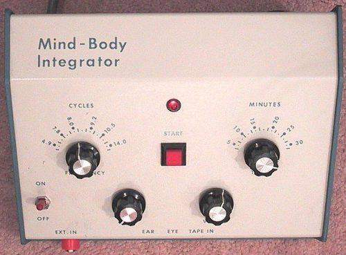 อุปกรณ์ตัดสัญญาณสมองและร่างกายเครื่องอ่านใจRNM / V2K Zezustech ,