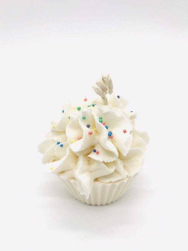 Vanilla Scented Cupcake Candle