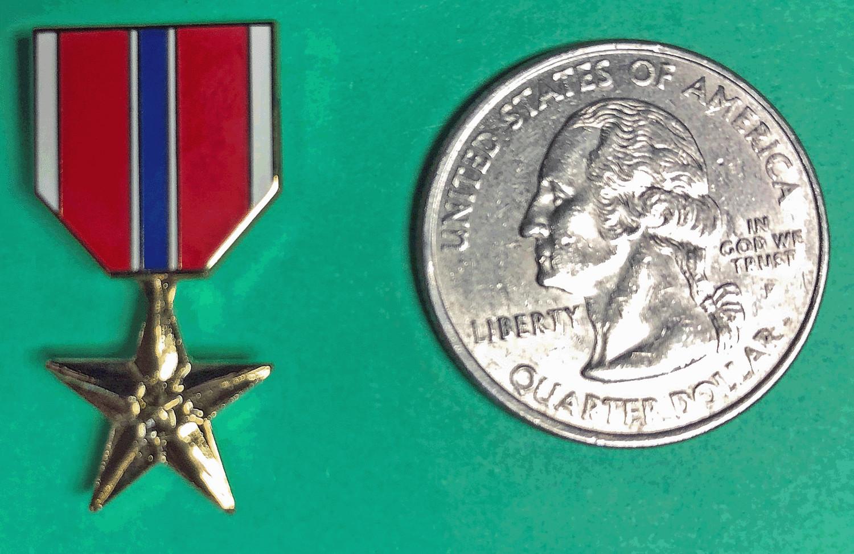 Lapel Pin, Bronze Star Medal, miniature