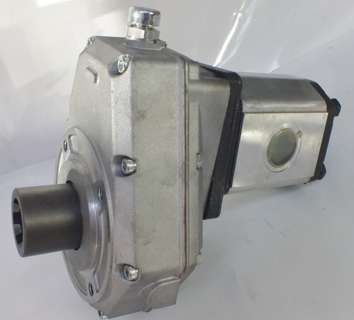 PTO SPEED INCREASE GEARBOX UP TO 80LPM HYDRAULIC PUMP ITALIAN QUALITY 80  LT/MIN